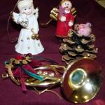 Dobrai Feri bácsi kincsei. A porcelán angyalka - elmondása szerint - több mint 100 éves.