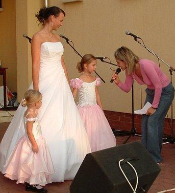 A Daisy Esküvői Ruhaszolon bemutatójából.jpg